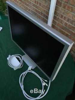 APPLE 30 LCD CINEMA DISPLAY A1083 MODEL M9179LL/A with POWER SUPPLY A1098